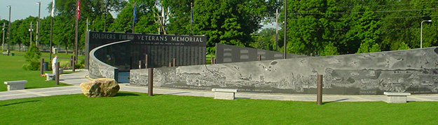 Soldiers_Field_Veterans_Memorial-summer